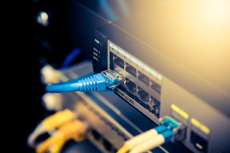 wykonanie sieci lan i bezprzewodowej wi fi