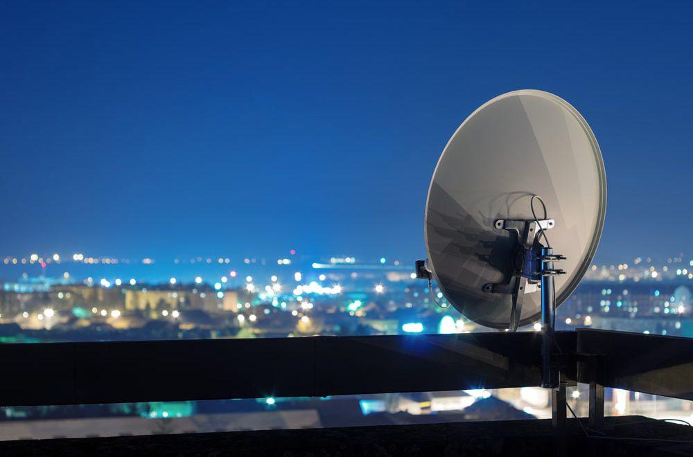 Jak wybrac antene satelitarna i niezbedne akcesoria – poradnik